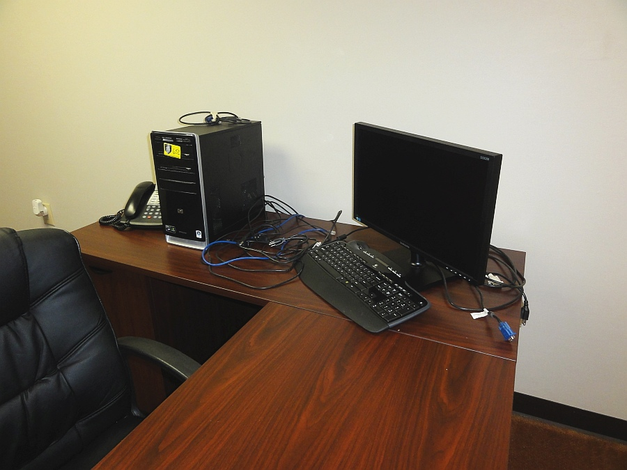 Lot 652 - HP PC Computer System