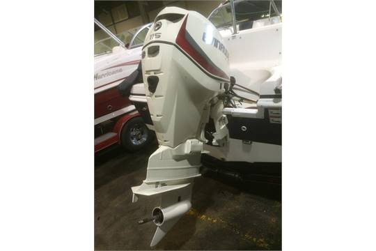 2014 NEW EVINRUDE (E-TEC E115DPXAFB) 115HP OUTBOARD MOTOR WITH PROP CURRENTLY ON LOT 125