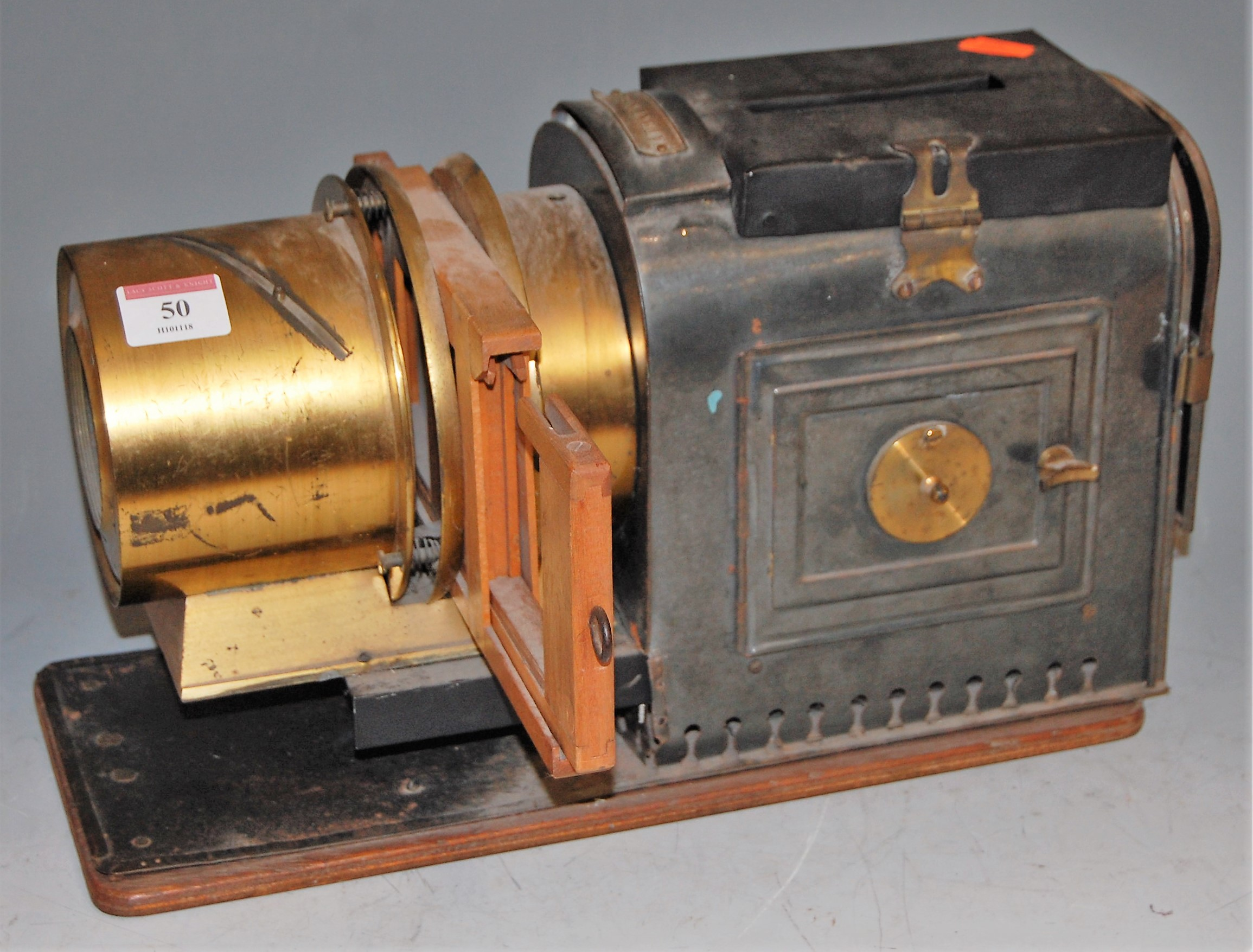 Lot 50 - An early 20th century magic lantern, bearing plaque patent No.245