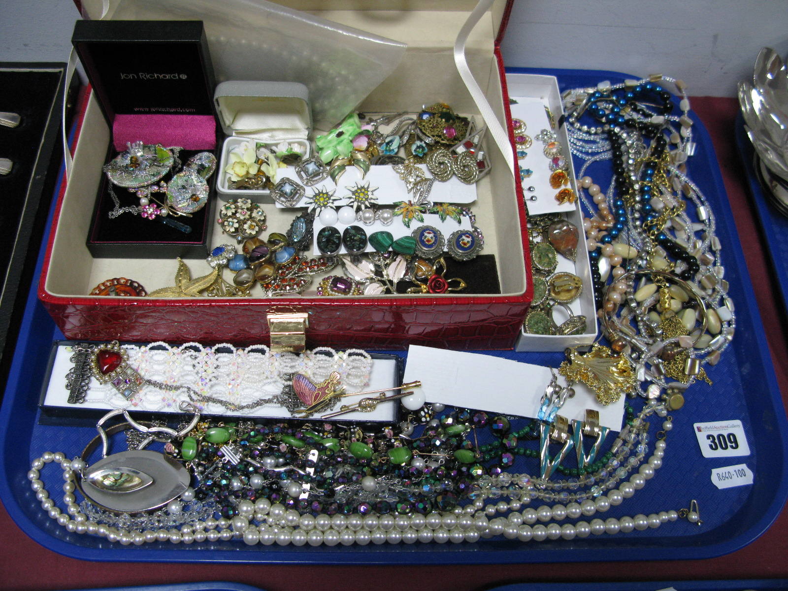 Lot 309 - A Mixed Lot of Assorted Costume Jewellery, including imitation pearls bead necklaces, other