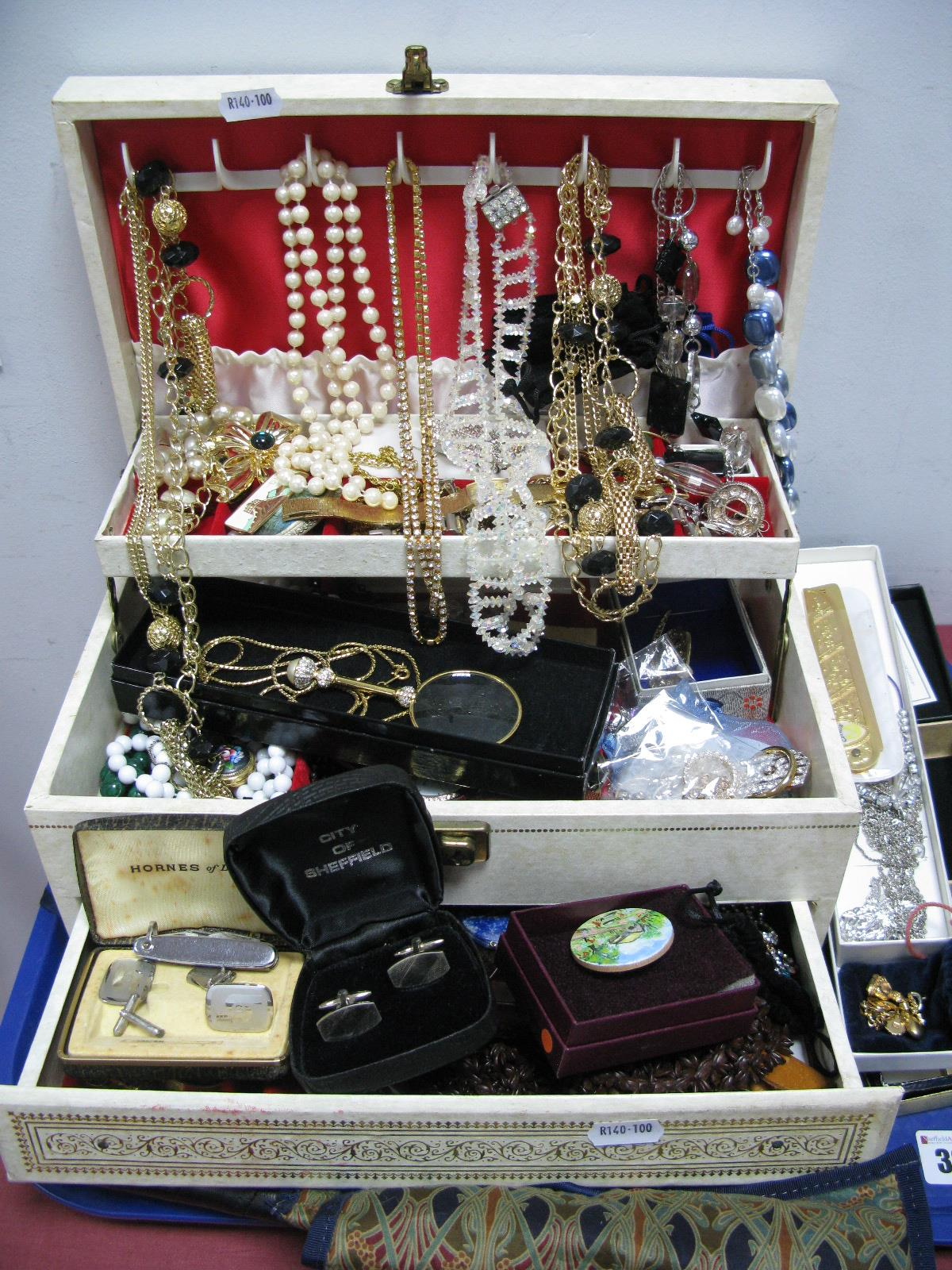 Lot 326 - A Mixed Lot of Assorted Costume Jewellery, including ladies wristwatches, bead necklaces,
