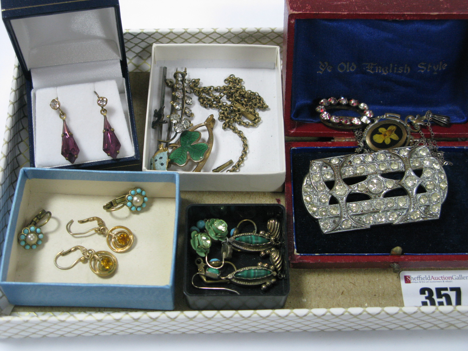 Lot 357 - A Small Mixed Lot of Vintage Style Costume Jewellery, including an enamel shamrock and wishbone