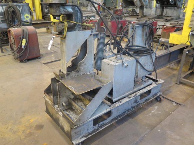"""Lot 538 - Whitney 750-15-28347 Hydraulic Beam Punch w/ 4"""" Throat, Hydraulic Unit, Cart"""