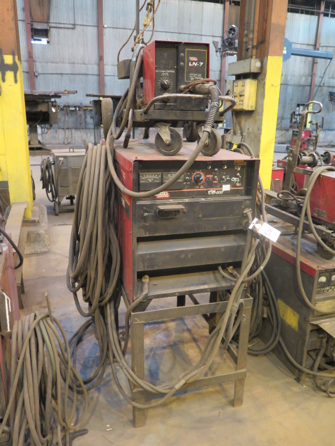 Lot 532 - Lincoln Idealarc DC-600 VV-CV DC Arc Welding Power Source w/ Lincoln LN-7 Wire Feeder