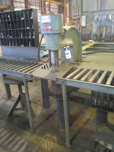 """Lot 660 - Whitney mdl. 791-0001 90 Ton C-Frame Beam Punch s/n 791-000-43445 w/ 12 ½"""" Throat, Punch Tooling,"""