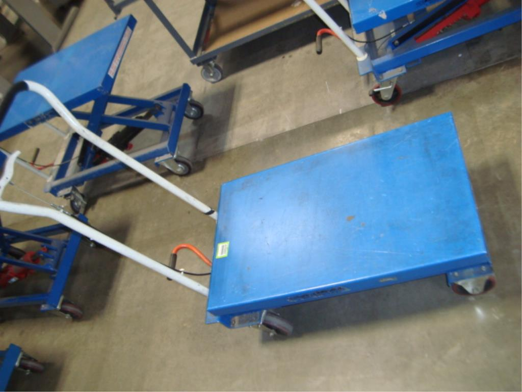 Hydraulic Lift Table - Image 2 of 12