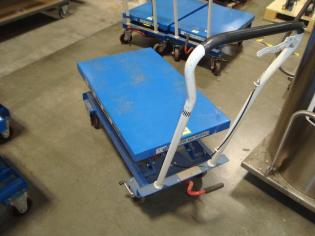 Hydraulic Lift Table - Image 5 of 10