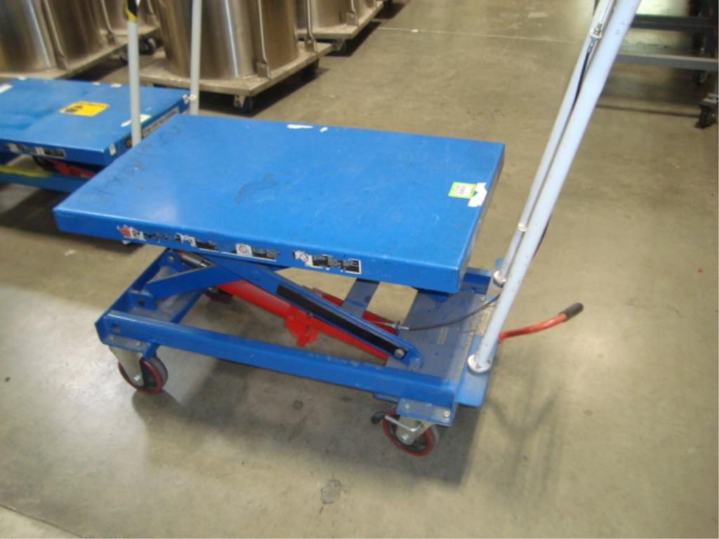 Hydraulic Lift Table - Image 3 of 8
