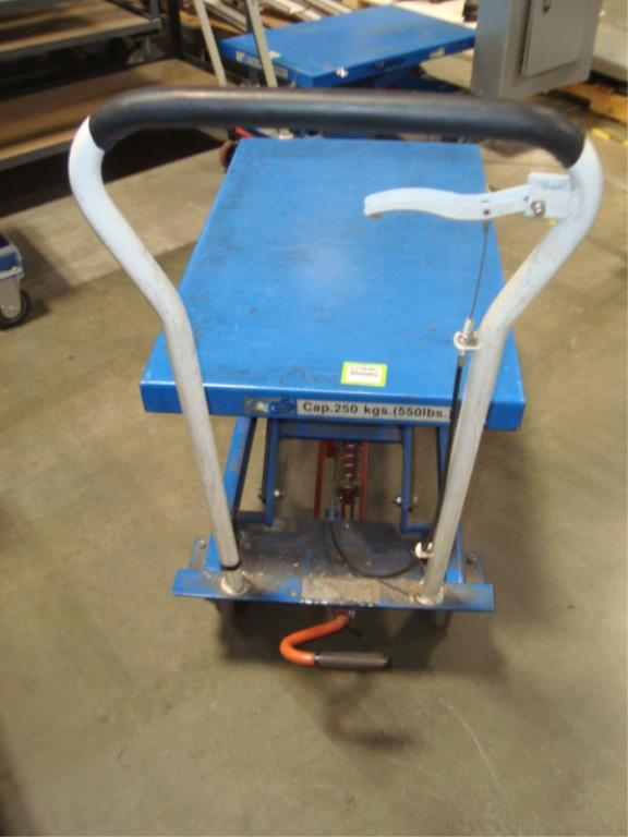 Hydraulic Lift Table - Image 9 of 12