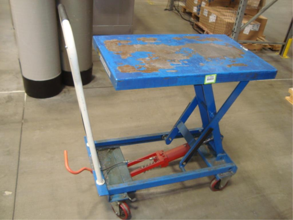 Hydraulic Lift Table - Image 3 of 5