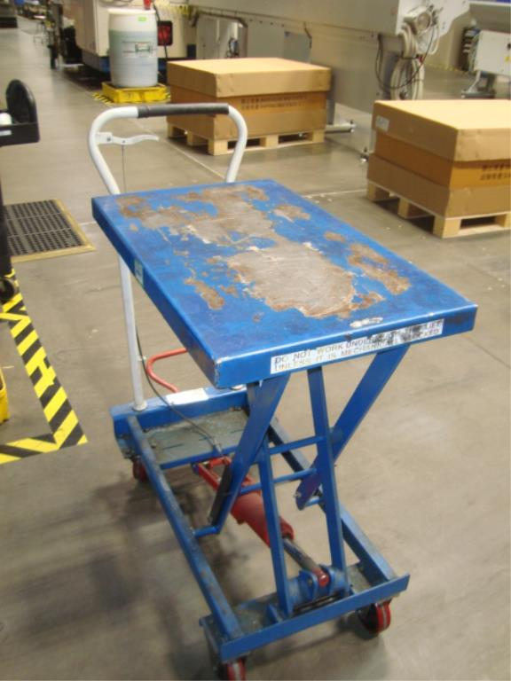 Hydraulic Lift Table - Image 5 of 5