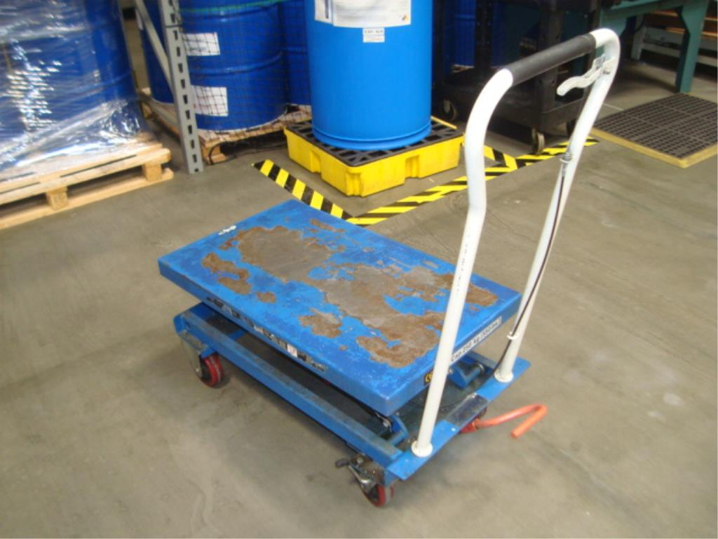 Hydraulic Lift Table - Image 2 of 5