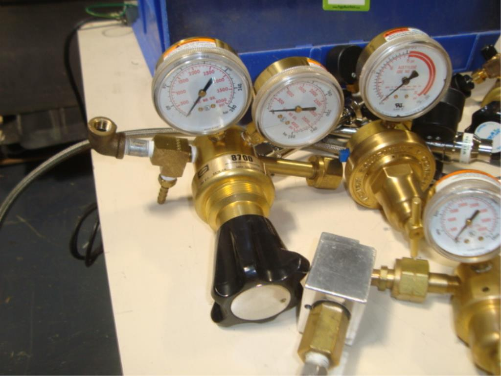Gas Regulators - Image 3 of 8