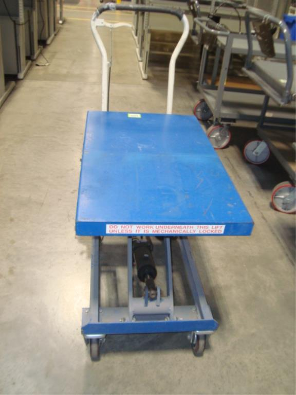 Hydraulic Lift Table - Image 8 of 8