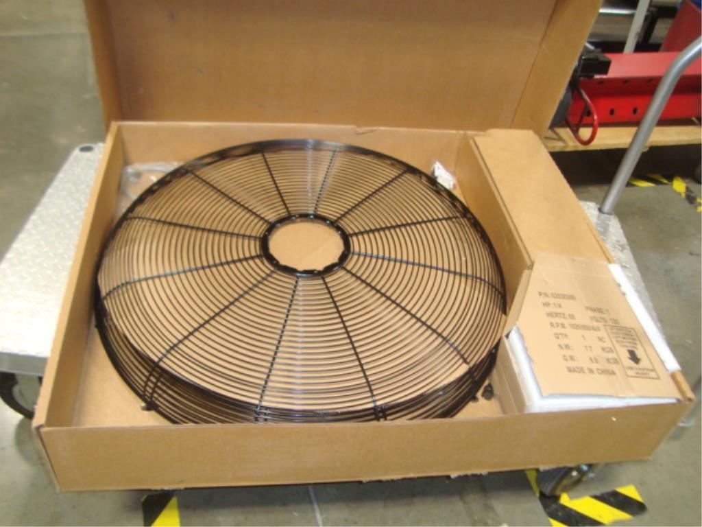 "30"" Oscillating Fan (Unused) - Image 12 of 16"