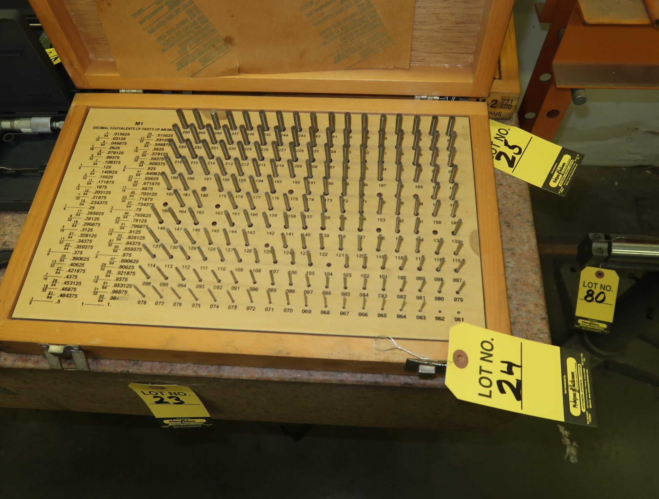 Lot 24 - MEYER M1 PIN GAGE SET .061-.250