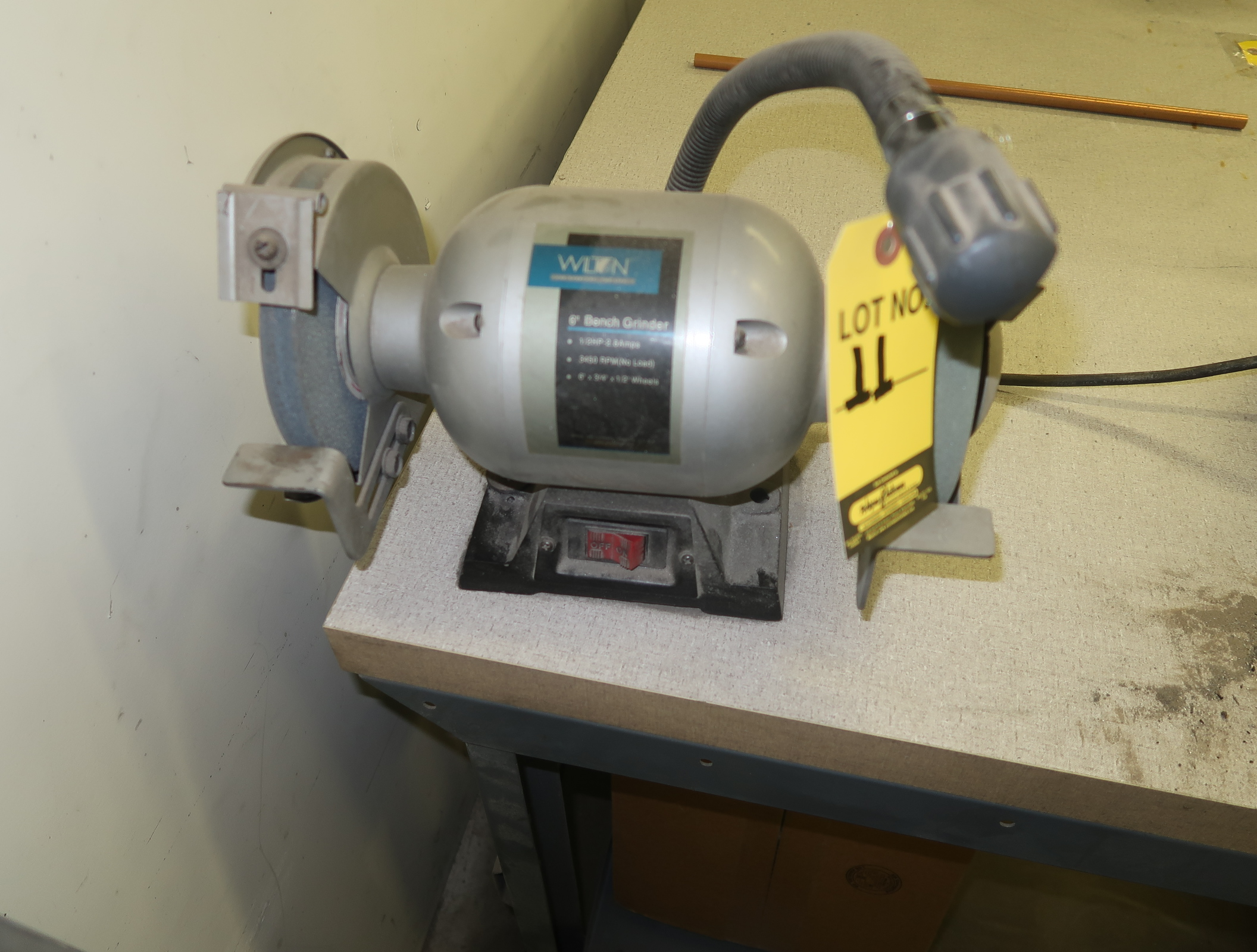"""WILTON 6"""" DOUBLE END BENCH GRINDER"""