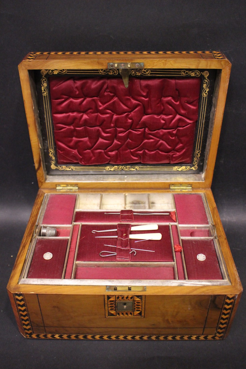 Lot 206 - A LATE 19TH CENTURY VERY FINE 'TURNBRDIGE WARE' WORK BOX, with marquetry inlaid details, canted
