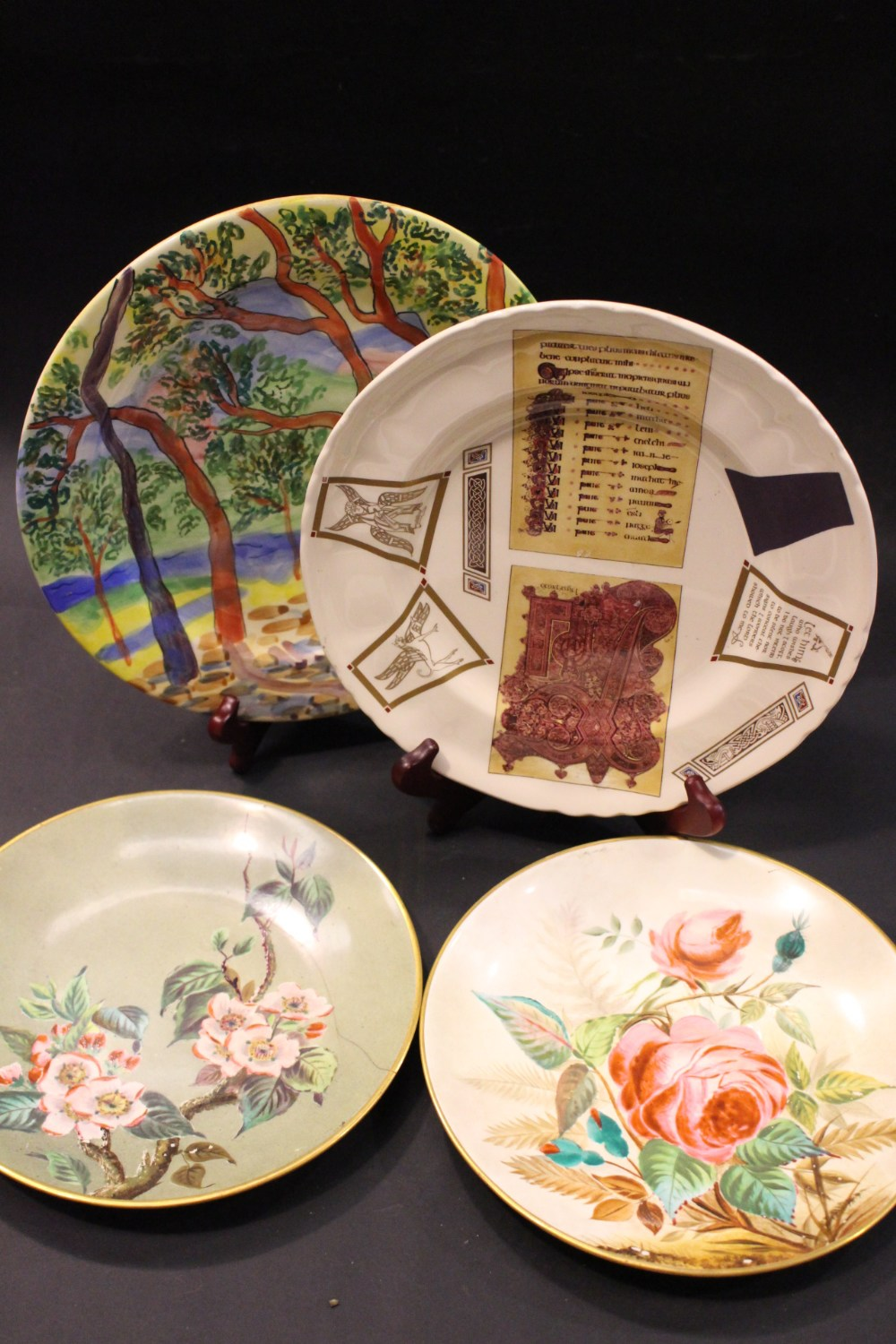 Lot 293 - A COLLECTION OF PLATES, includes; (i) A Suzanne Kathuda signed plate - Royal Academy 1991 stamp