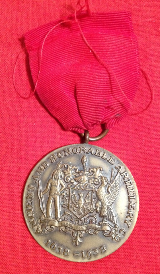 Lot 16 - Ancient & Honourable Artillery Co. 300th Anniversary Medal