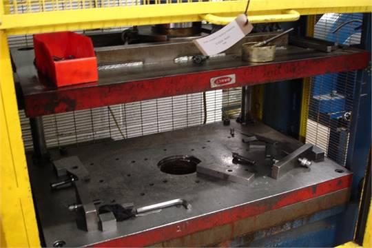 Stenhoj Hydraulic Press Variable Pressure Capacity 10-150