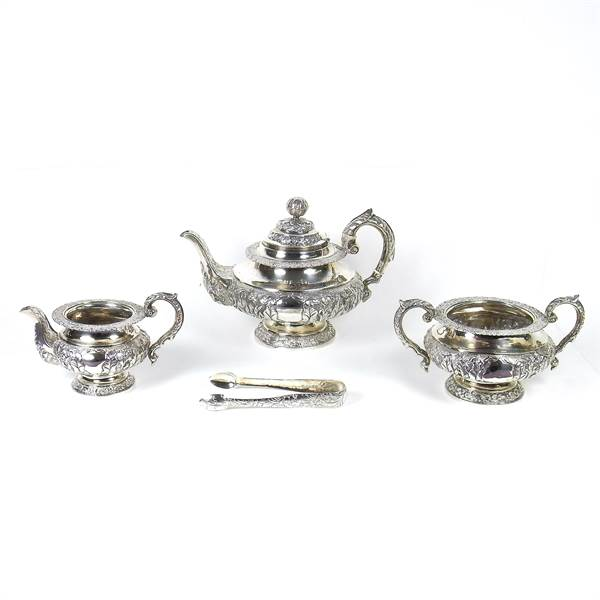 A William IV Irish silver three piece tea service and pair of sugar tongs. - Image 2