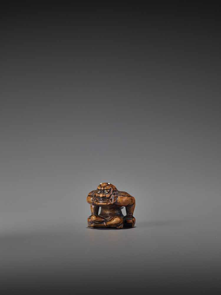 A FINE WOOD NETSUKE OF RAIJIN UnsignedJapan, probably Gifu, early 19th century, Edo period (1615- - Image 3 of 9