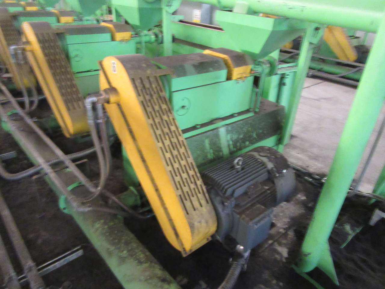 Lot 20 - 2014 Jiangyin Jinall International Trade Co. XFJ-280 Micro Grinder