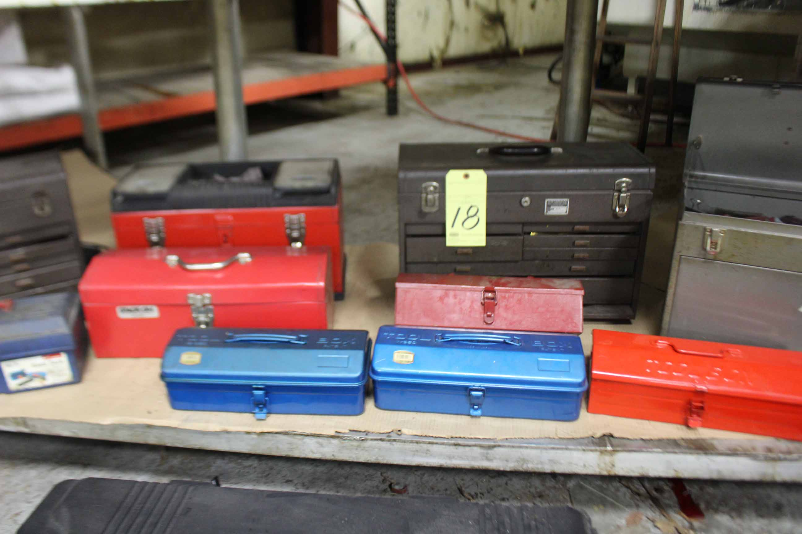 Lot 18 - LOT OF TOOLBOXES: Craftsman & Kennedy (no tools)