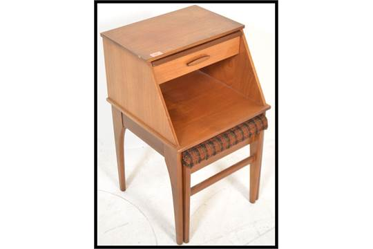 Phenomenal A 1970S Retro Teak Wood Mr Chippy Telephone Table And Chair Pdpeps Interior Chair Design Pdpepsorg