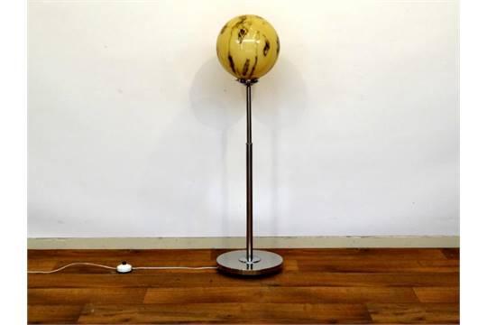 Chrome design staande lamp staande lamp met gekleurde melkglazen