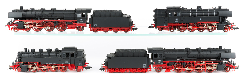 Lot 60 - 4 Fleischmann HO gauge steam locomotives. DB class 41 2-8-2 tender locomotive RN 41 270. DB class 03