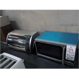 'DANBY'' MICROWAVE & '' B&D'' TOASTER OVEN