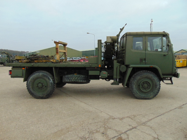 Lot 3 - Leyland DAF 4X4 Truck complete with Atlas Crane