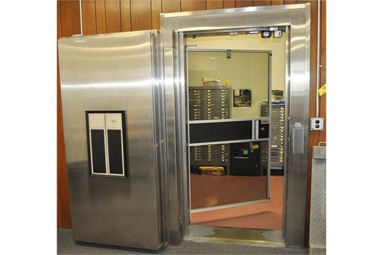 Diebold Walk In Vault Modular Design Inside Safe Door