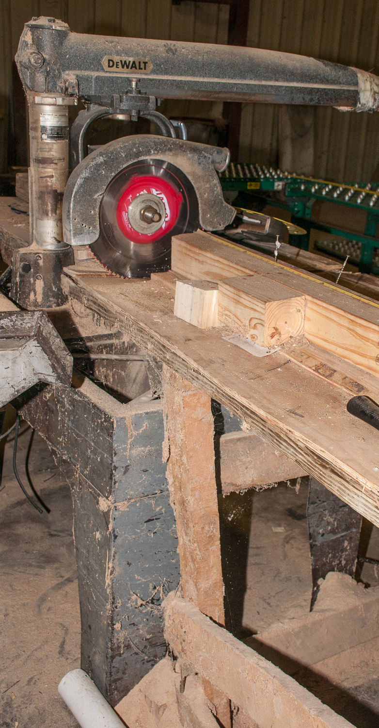 """DeWalt Radial Arm Saw s/n 439264, w/ stand and 194"""" Wood bench - Image 3 of 4"""