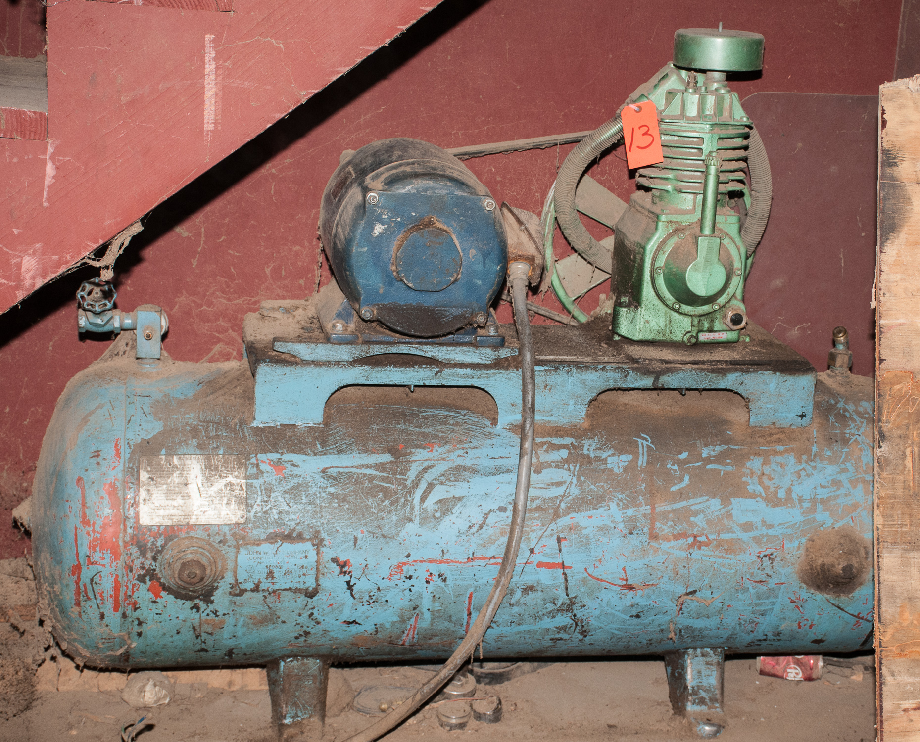 Air Compressor Approx 30 Gal. Pump May need Work, 10 HP, 220v In storage