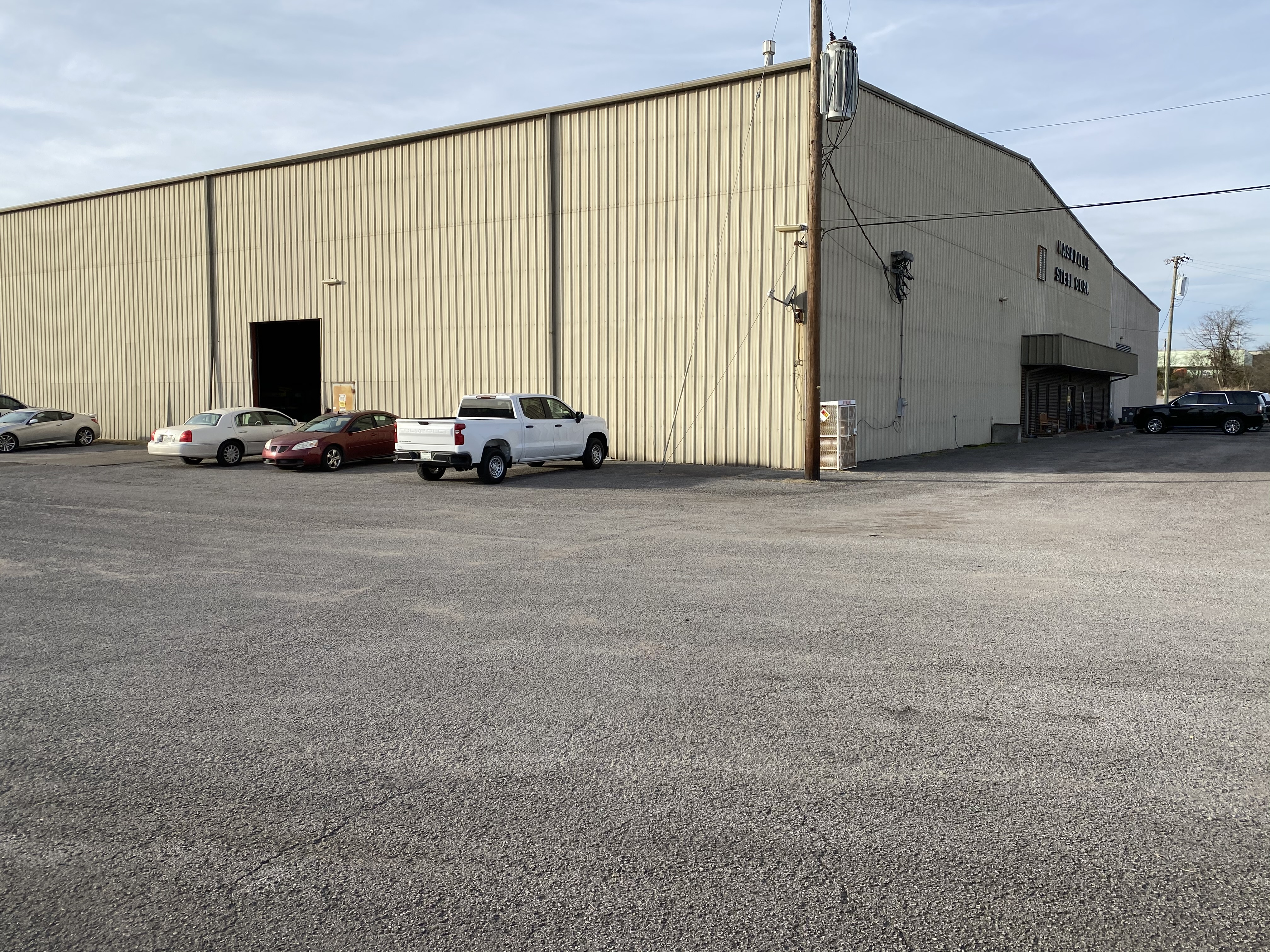 53,000 SQ. FT. Industrial Crane Building,3,000 SQ. FT. - Image 2 of 5