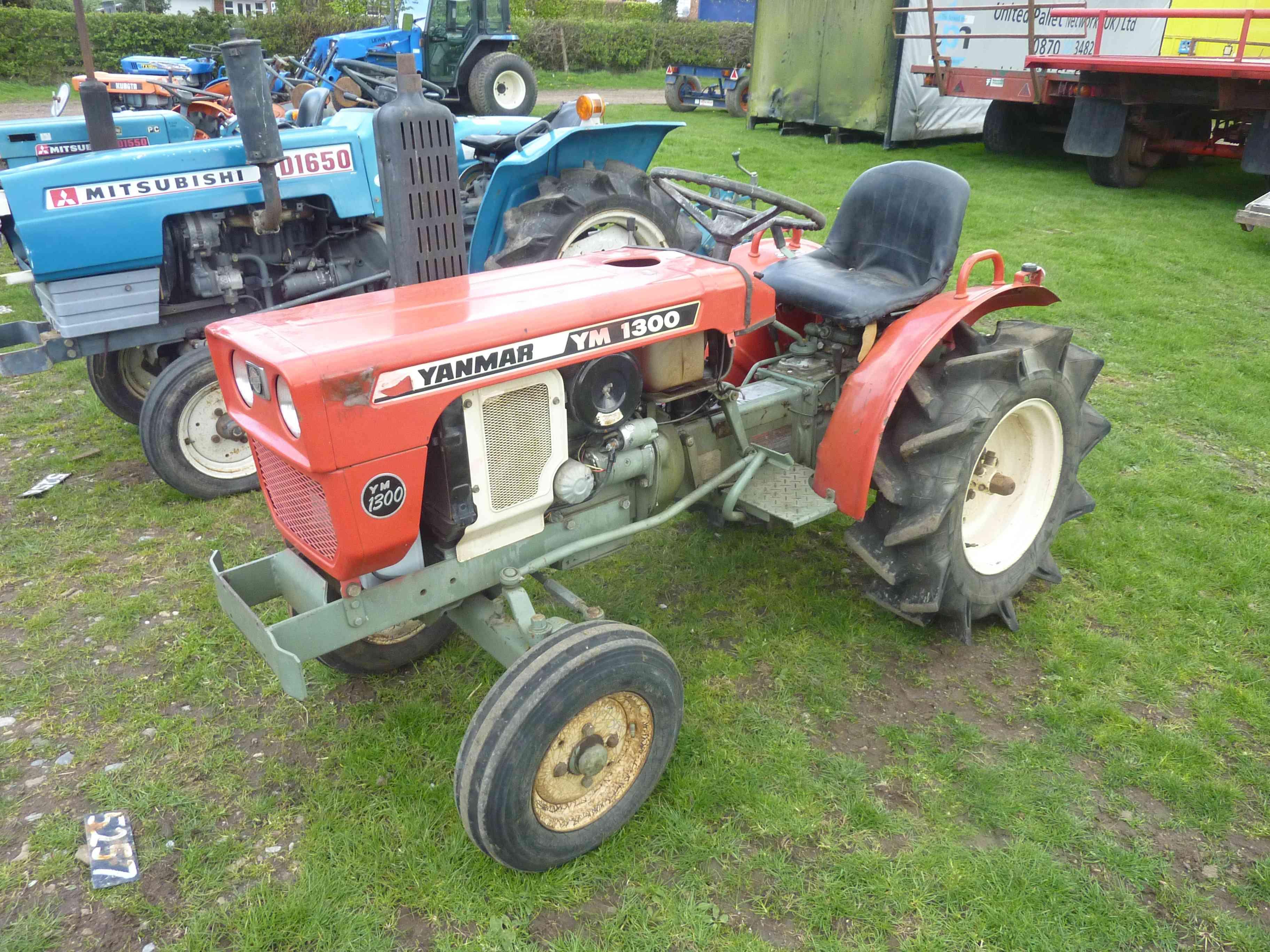 Lot 5257 - 5257 Yanmar TM 1300 tractor