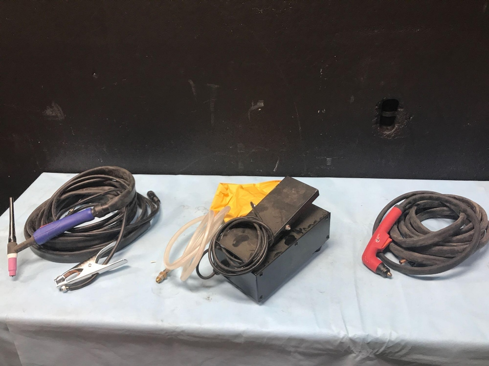 Lot 14 - PRINTING SUPPLIES, HOSES AND CORDS