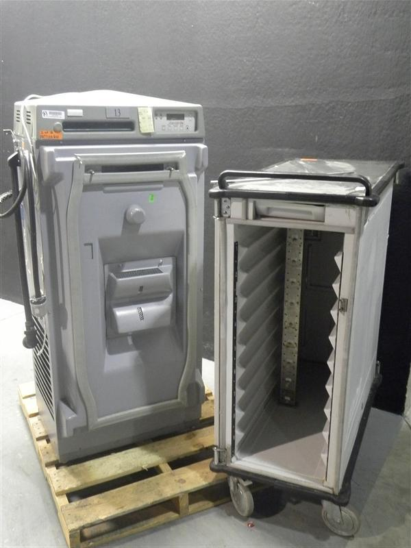 Lot 34 - ALACART 5000 FOOD TRAY CART WITH HEATING STATION