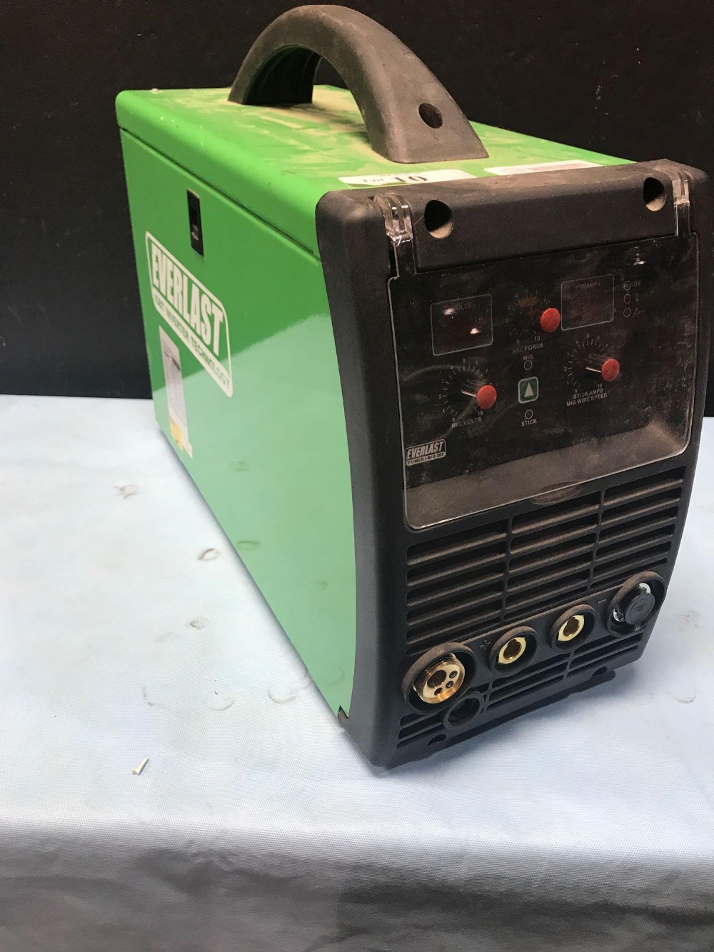 EVERLAST IGBT INVERTER TECHNOLOGY - POWER I-TIG 200 WELDER