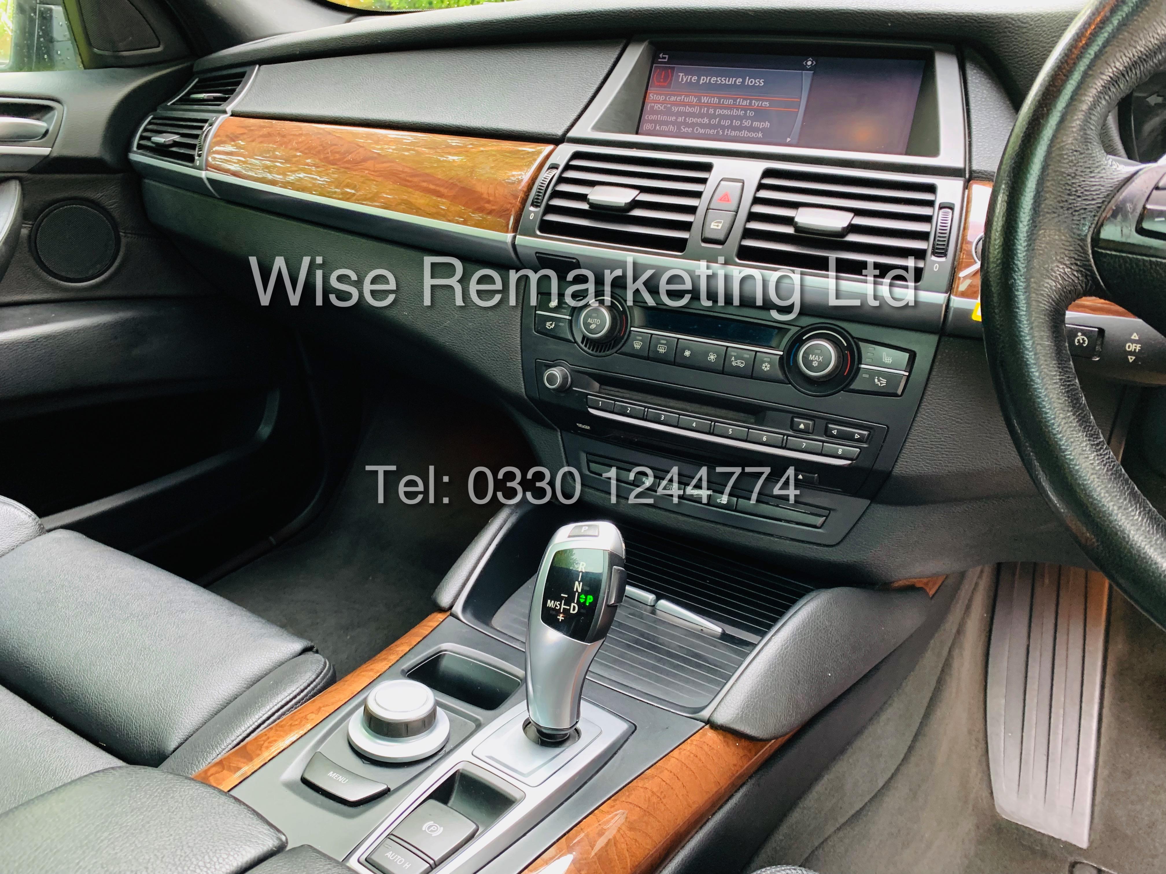BMW X6 XDRIVE 35D AUTO (2009 SPEC) *1 PREVIOUS OWNER* PARKING AID - SAT NAV - FSH - Image 17 of 25
