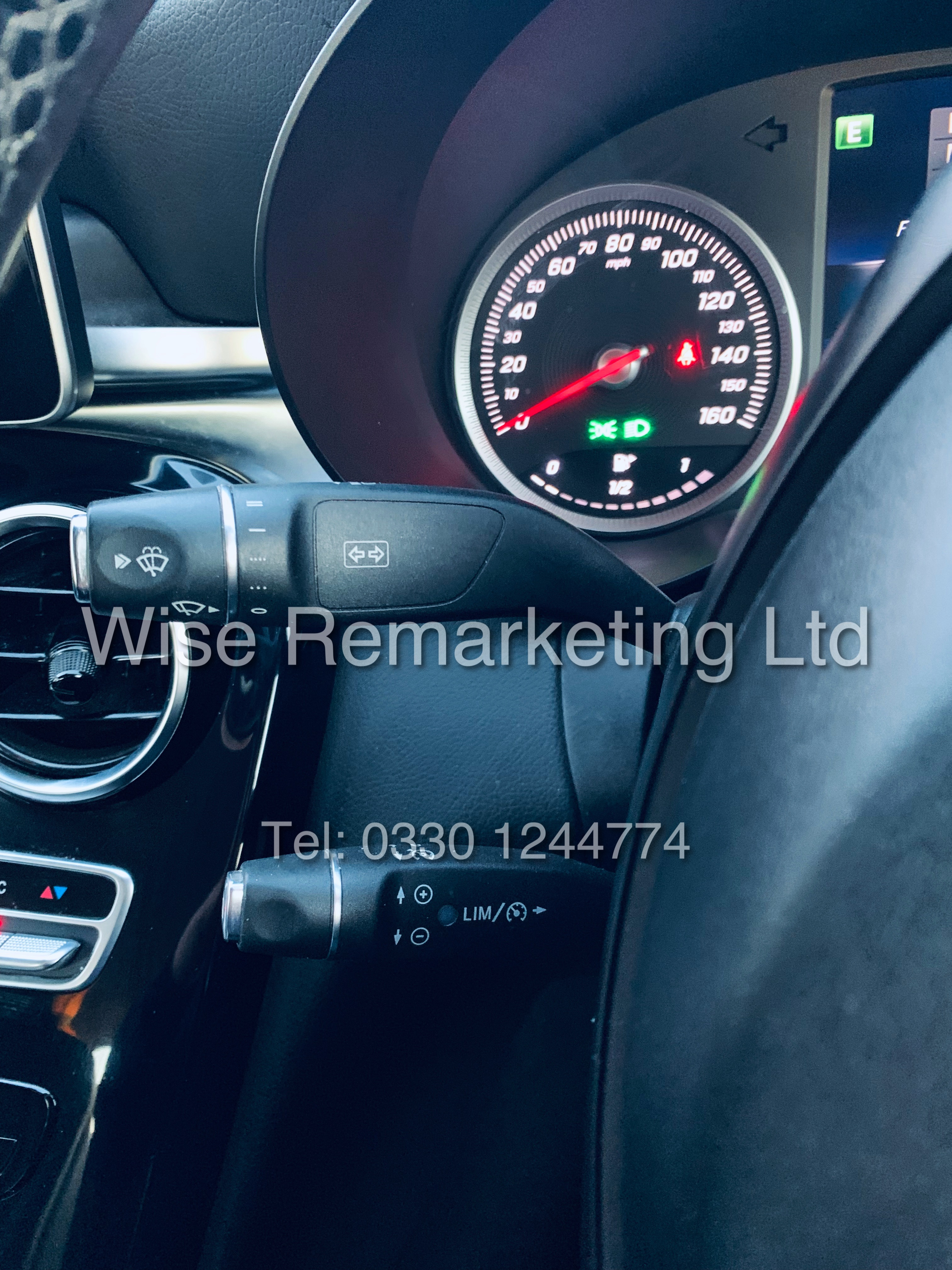 """*** RESERVE MET *** MERCEDES C220D AUTOMATIC """"SE EXECUTIVE"""" SALOON (2016) 1 OWNER / SAT NAV LEATHER - Image 17 of 25"""