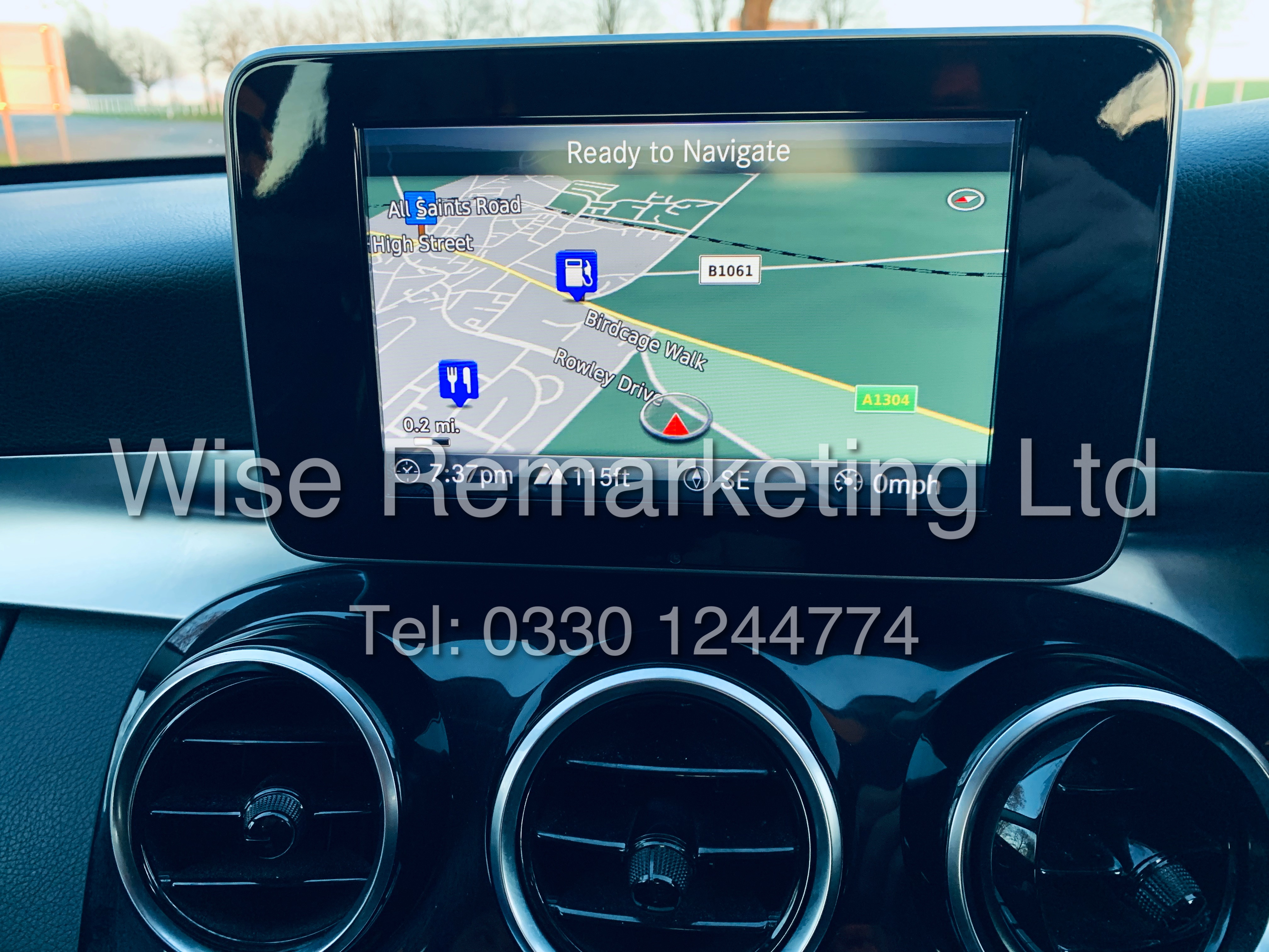 """*** RESERVE MET *** MERCEDES C220D AUTOMATIC """"SE EXECUTIVE"""" SALOON (2016) 1 OWNER / SAT NAV LEATHER - Image 21 of 25"""