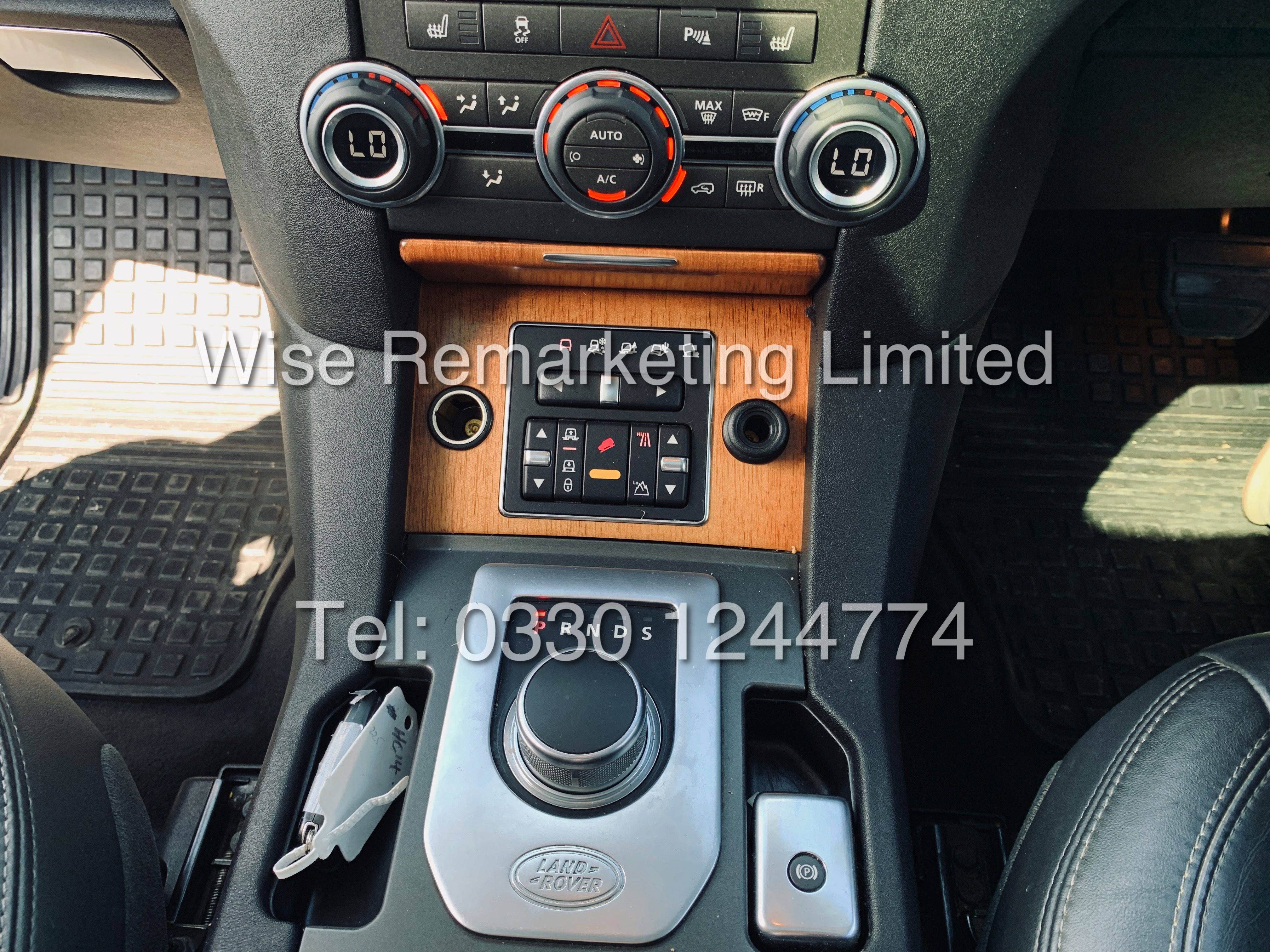 **RESERVE MET** Land Rover Discovery (HSE) 3.0Sdv6 Automatic / 2013 Registered / Fully Loaded / - Image 17 of 29