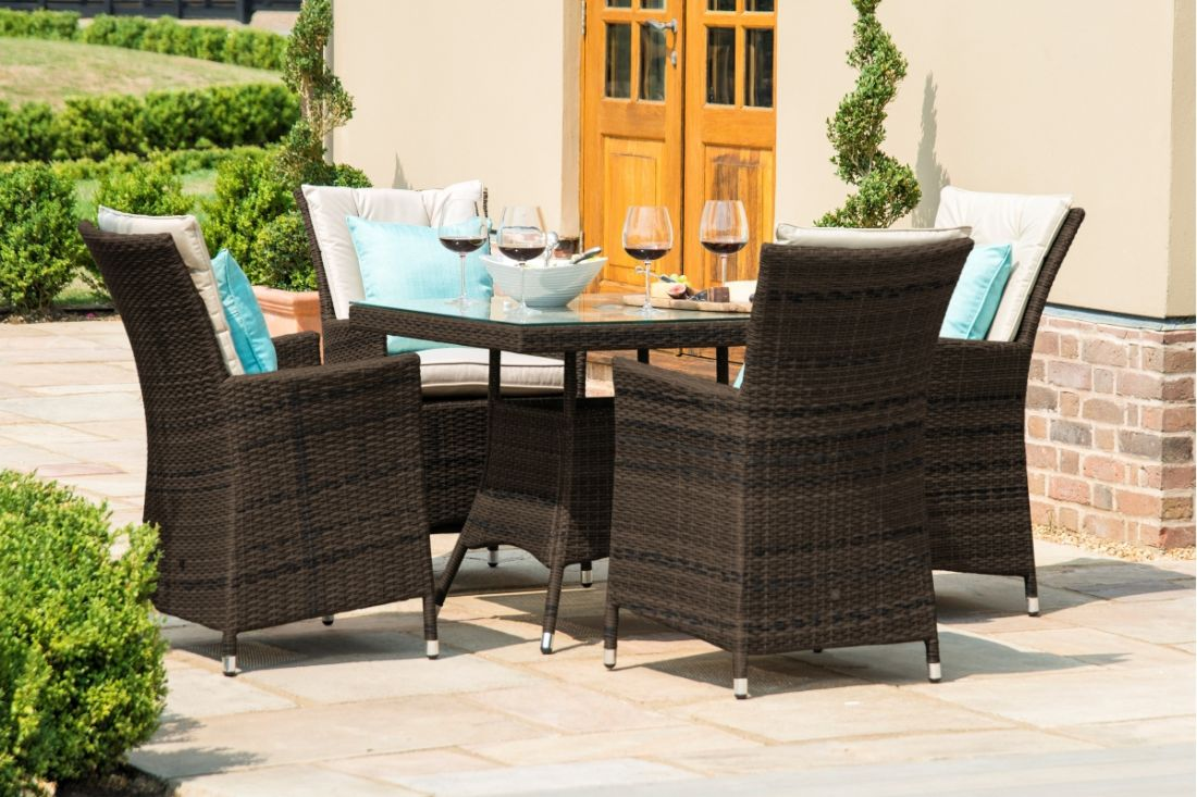 Rattan LA 4 Seat Square Dining Set With Parasol (Brown) *BRAND NEW* - Image 2 of 3