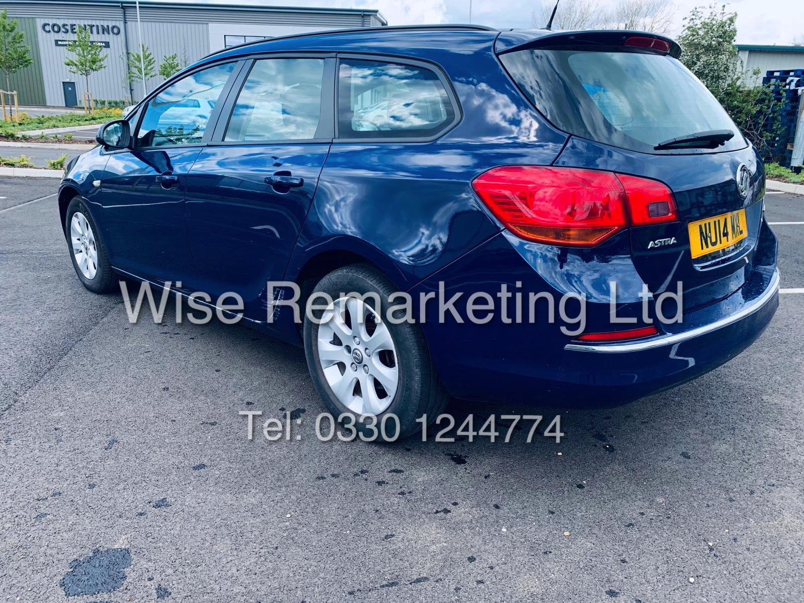 *RESERVE MET* VAUXHALL ASTRA 1.6 CDTI DESIGN ECO FLEX ESTATE (2014 REG) 1 OWNER - Image 2 of 23