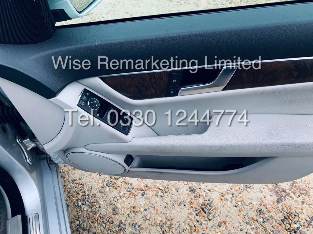 MERCEDES C220 SE EXECUTIVE ESTATE 2.1 CDI 13 REG *CREAM LEATHER* - Image 19 of 23