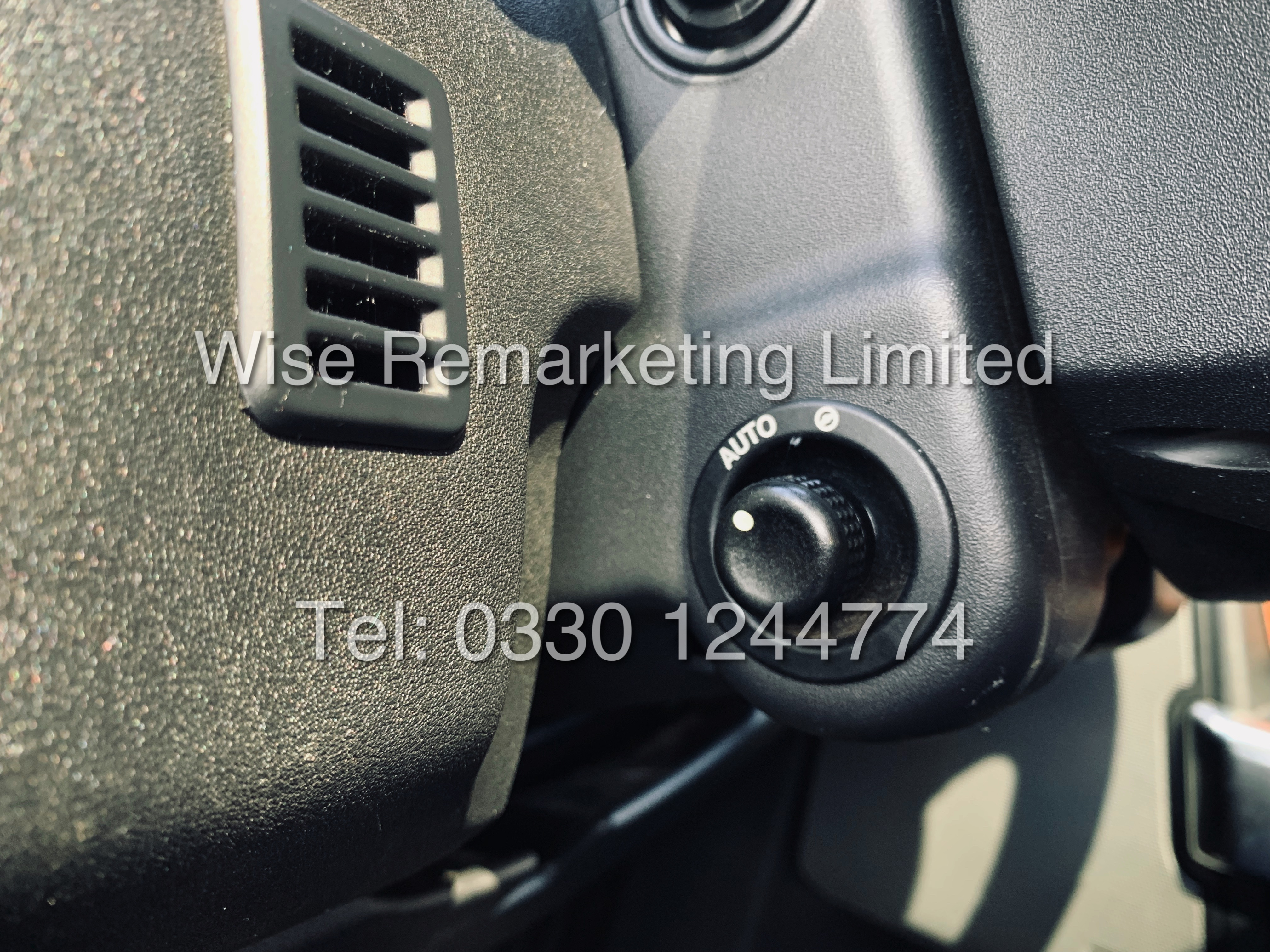 **RESERVE MET** Land Rover Discovery (HSE) 3.0Sdv6 Automatic / 2013 Registered / Fully Loaded / - Image 20 of 29